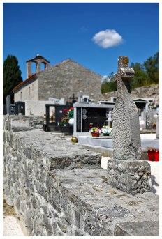 Friedhof Hum